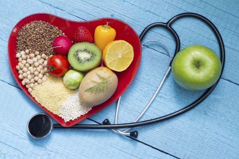 healhty-food-lower-cholesterol-heart-dietiStock_000083145271_Medium