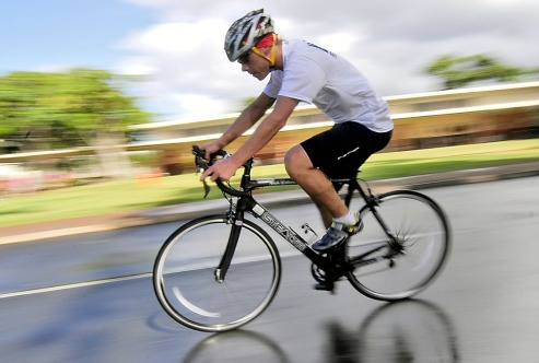 bicyclist-569279_960_720